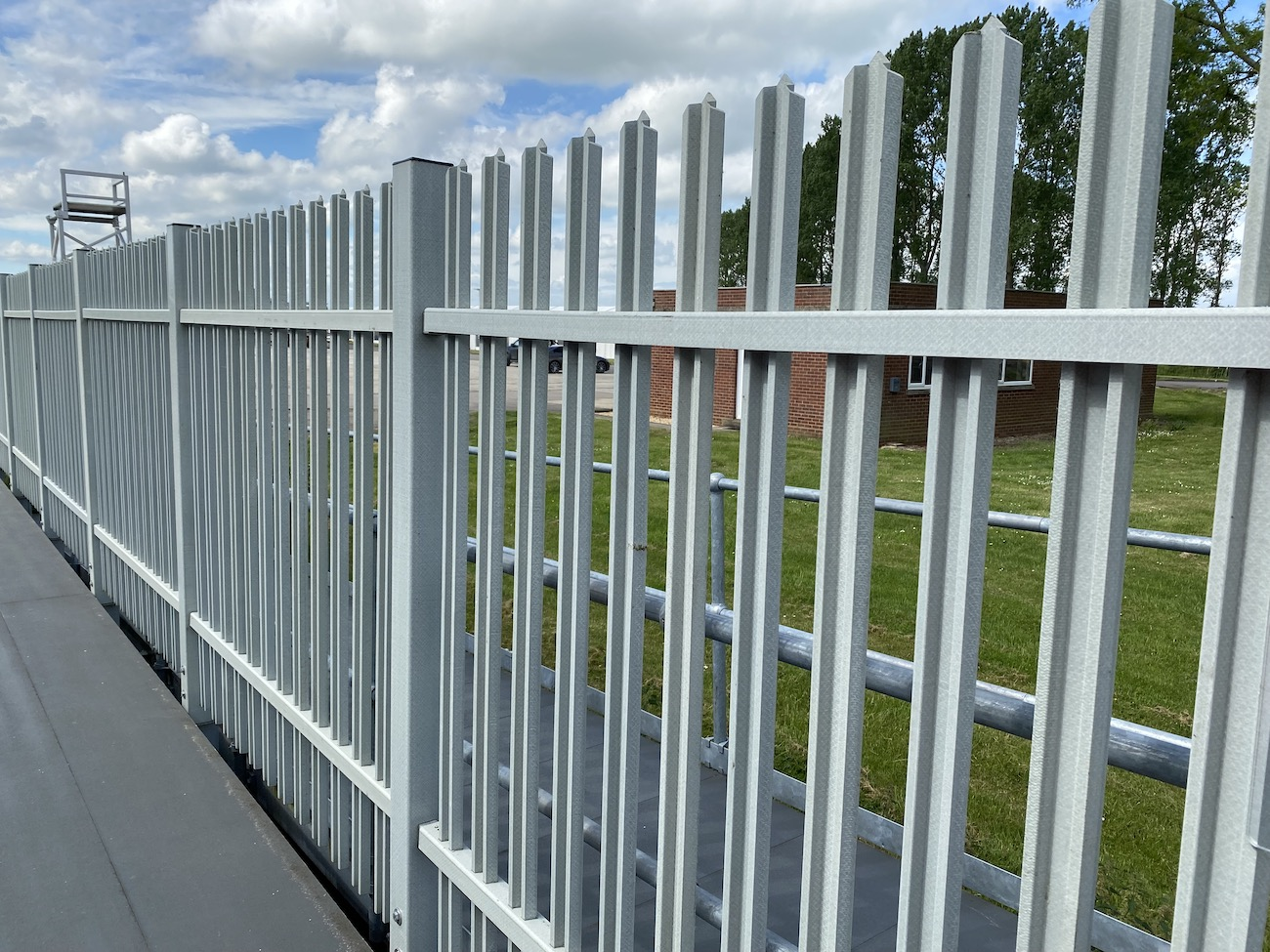 TouchSAFE composite fencing
