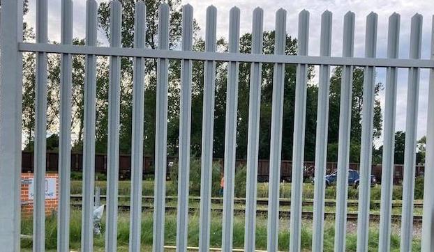 Composite fence railings